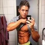 <!--:ua-->Robin Olsson – спорсмен Men's Physique із Швеції<!--:--><!--:ru-->Robin Olsson — спорсмен Men's Physique из Швеции<!--:-->