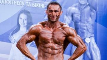 Бодібілдер Володимир Подоляка на Кубку Києва IFBB 2013. Фотогалерея