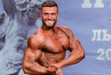 Бодібілдер Кирило Худаєв на Кубку України 2014 IFBB. Фотогалерея